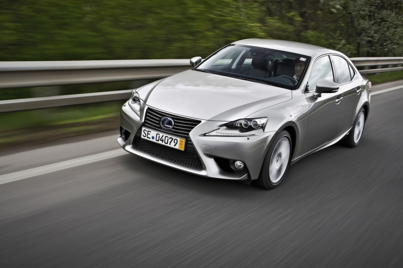 lexus_is_01