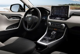 Toyota RAV4 nagrodzona w 2019 Wards 10 Best Interiors